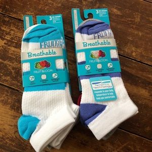 SIX Fruit of the Loom NWT socks